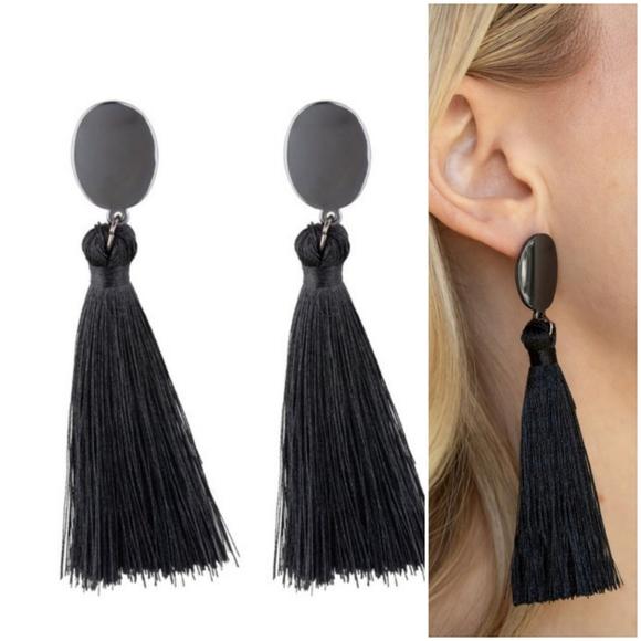 VA VA FLUME BLACK TASSEL EARRINGS